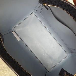 df709f0ad1ce MICHAEL Michael Kors Bags - NWT Michael Kors SM Tote & Wallet set admiral  blue